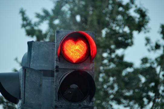 stoplight-2375476_1920